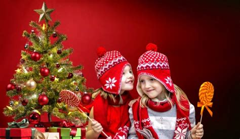 images santa claus christmas tree merry december decorate gifts xmas presents