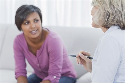 therapy for mental health patients what of therapist and which type of therapy is