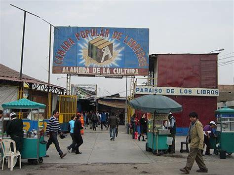 libro escapa al amazonas la ciudad y sus libreros lee por gusto