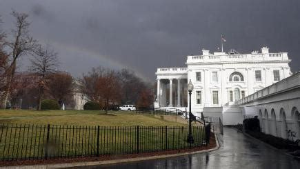 White House Grounds by Intruder Arrested In White House Grounds Bt