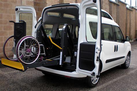 auto con pedana per disabili dobl 242 tetto alto per disabili modifiche e allestimenti