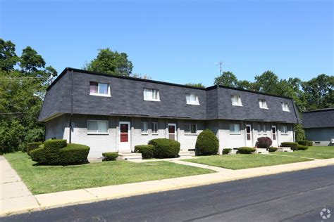 willow creek apartments rentals westland mi