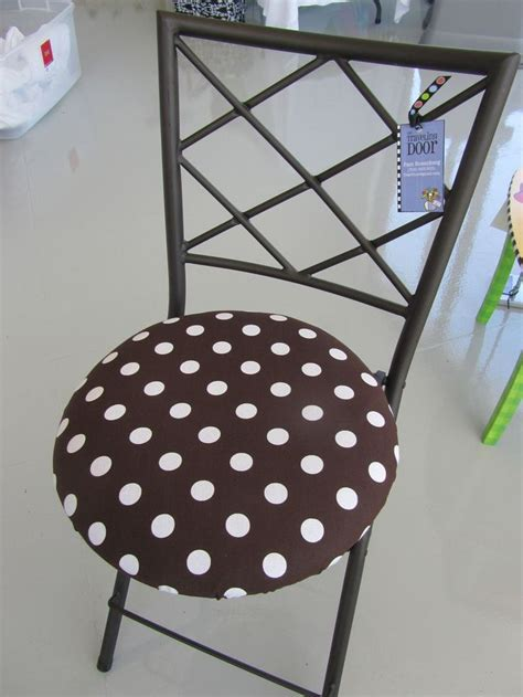 Small Bistro Chair Cushions 1000 Images About Bistro Chair Cushions On Pinterest Set Of Black Chairs And