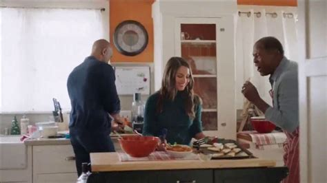 big lots commercial actresses big lots thanksgiving deals tv commercial joy lights