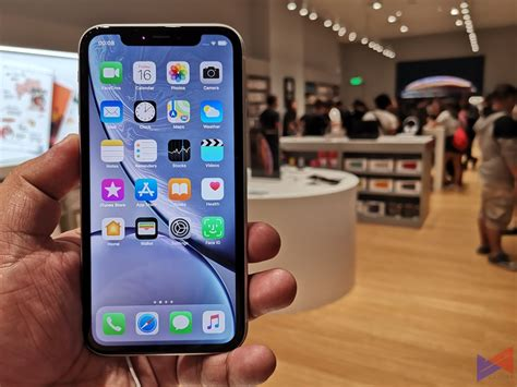 iphone xr launches  ph    box gadget pilipinas