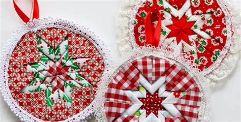 free patterns christmas ornaments quilted no sew christmas ornaments to decorate your tree or put in