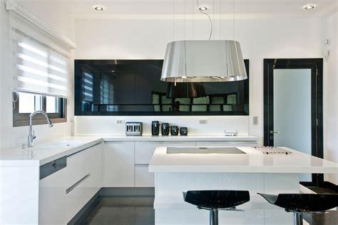 cucina a isola prezzi cucine con isola centrale 3 esempi con i prezzi