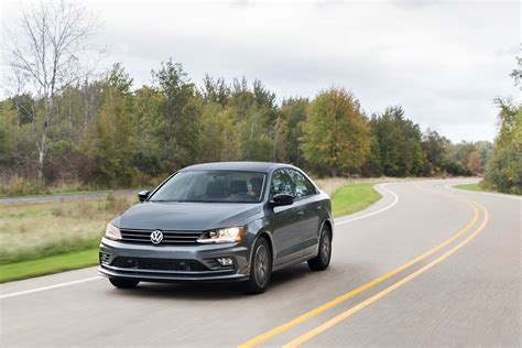 volkswagen sedan 2018 2018 volkswagen jetta vw review ratings specs prices