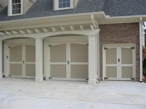 Garage Doors Richardson Tx by Garage Door Repair Installation In Dallas Tx Aaa
