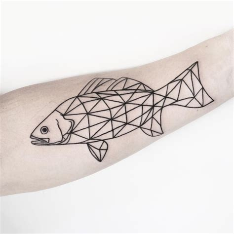 25 geometric tattoo designs that will make you stand out