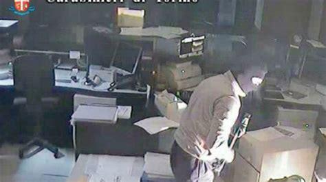banche carmagnola rapine banche torino arrestati tre rapinatori