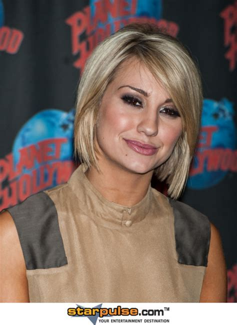 is chelsea kane s haircut good for thin hair chelsea is better with short or long hair poll results