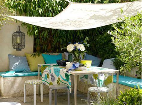 decorar patio con bancos ideas de decoraci 243 n c 243 mo convertir una peque 241 a terraza o
