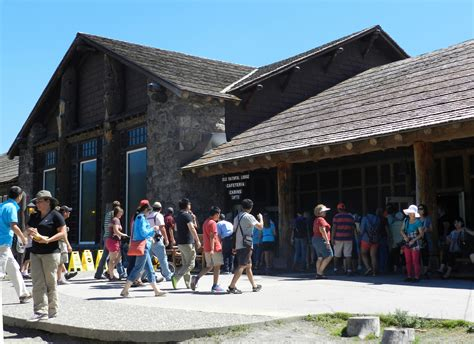reservations faithful inn faithful lodge cabins yellowstone reservations
