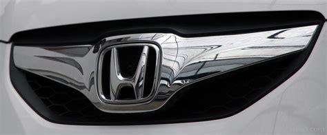 Emblem Mobil Logo Honda Original Honda Brio honda brio car pictures images gaddidekho