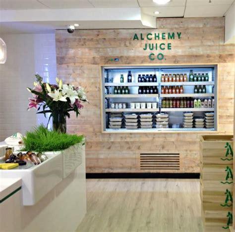 design cafe juice juice and salad bar buscar con google dise 241 o de