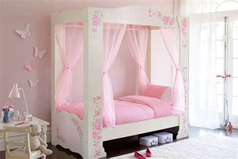 little girls canopy beds little girls canopy bedroom sets