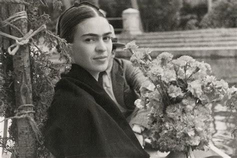 frida kahlo childhood biography 33 enthralling frida kahlo photos of the 20th century s