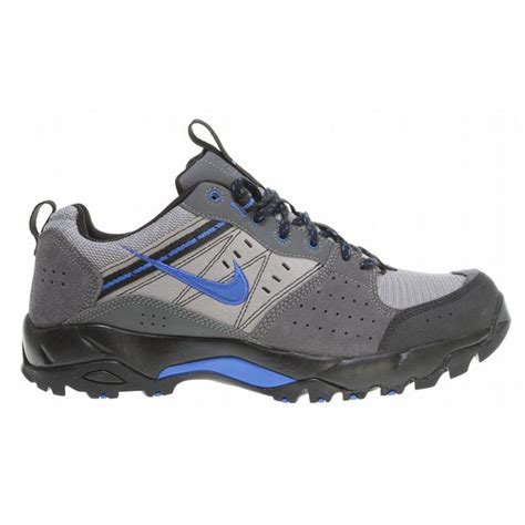 nike hiking shoes for vcfa