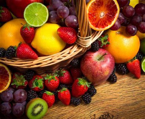 alimentazione fruttariana i fruttarisimo cosa mangiano i fruttariani