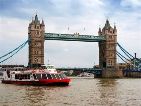 Thames River In Hindi | london thames river indian buffet dinner cruise london