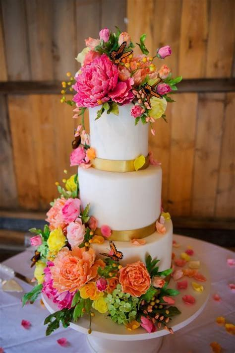 Professional Wedding Cake Tips: Keys to Success