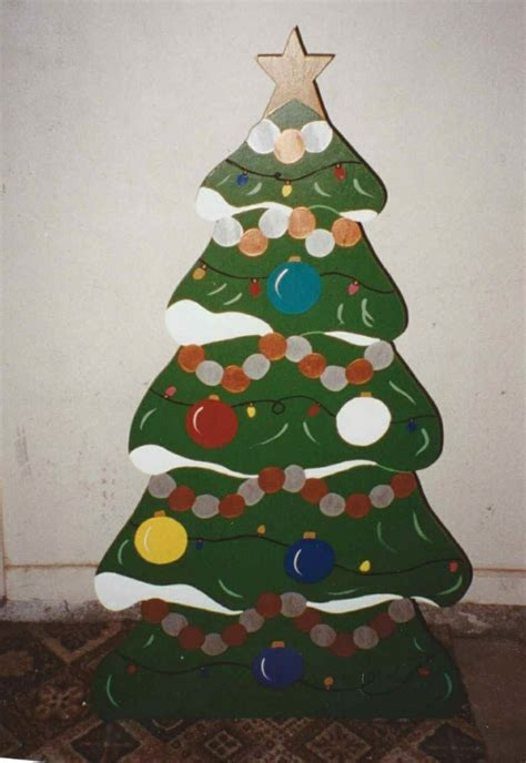 plywood christmas decorations 1000 images about cutout decorations on