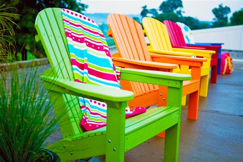 colored patio chairs small patio ideas j birdny