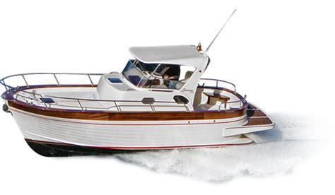 piccoli cabinati a vela cantiere maresca gozzo sorrentino riparazioni barche in