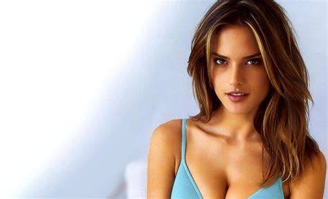 worlds hottest women gets it top 10 hottest girl alive in the world 2017 with photos