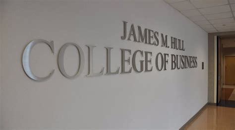 Hull College Of Business Mba by Augusta Tomorrow Au Hull College Of Business Ranked One