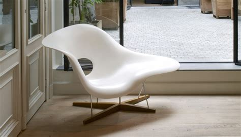 La Chaise by Vitra La Chaise Fauteuil Workbrands