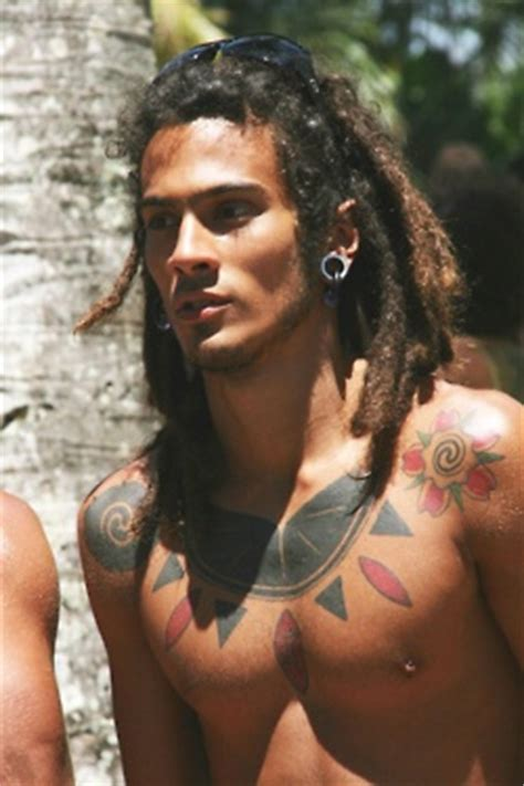 modern aztec haircut 25 tattooed guys with amazing hairstyles