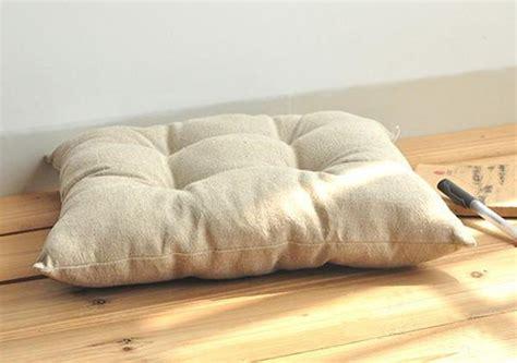 Japanese Floor Pillows by Japanese Floor Cushions Square Tatami Legless Chair
