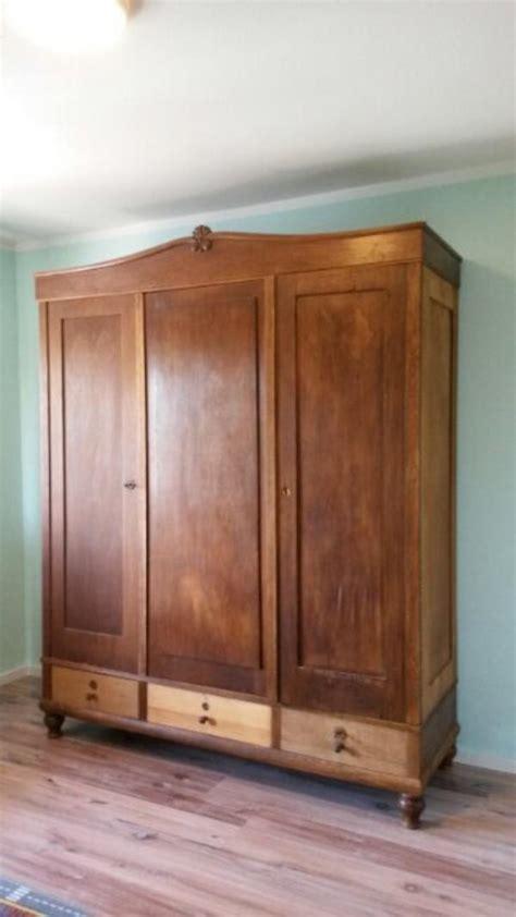 kleiderschrank massivholz gebraucht kleiderschrank massivholz kaufen gebraucht und g 252 nstig
