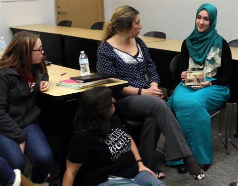 New Um Flint Course Looks by Um Flint Education Course Teaches Citizenship And Inclusion