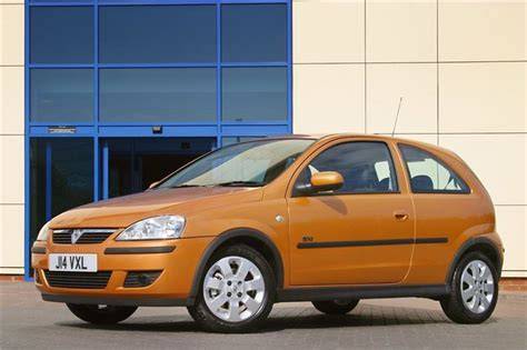 Opel Corsa Mpg by Vauxhall Corsa 2000 Car Review Honest