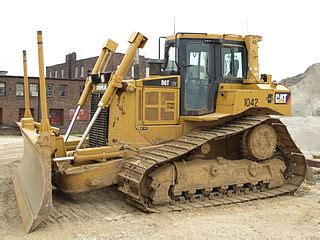 file caterpillar d6t mississippi river project jpg