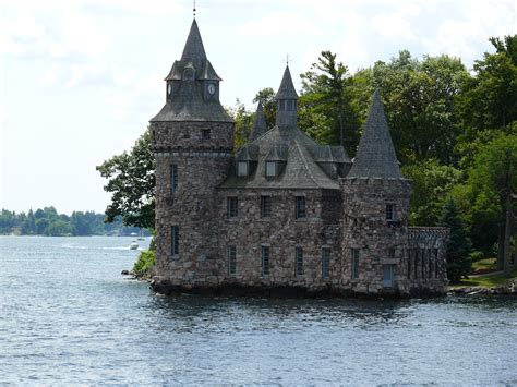 castle house file boldt castle power house jpg wikimedia commons