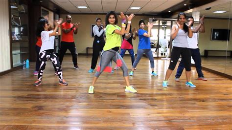 zumba steps warm up zumba warm up on sean paul she doesn t mind remix by vi