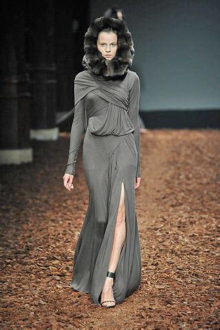 Haute Couture Givenchy Autumnwinter 2008 Collection by Givenchy Fall 2008 Couture Runway Givenchy Haute Couture