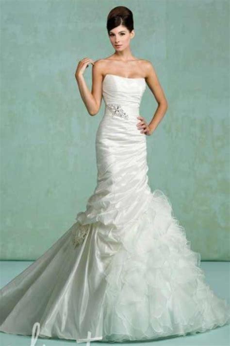 hepburn wedding dress style hepburn style wedding dress blue wedding