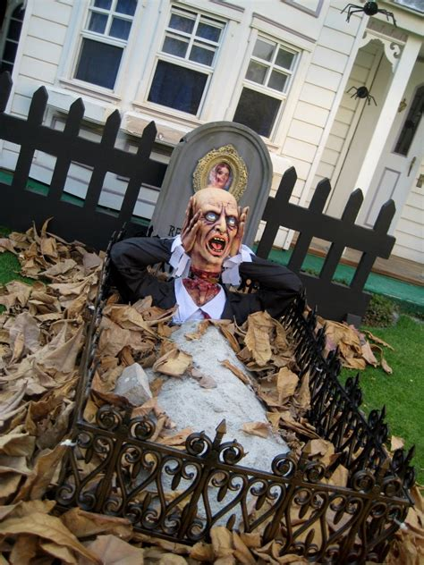 43 cool halloween table d 233 cor ideas digsdigs 30 scary outdoor decorations 28 images 30 creepy