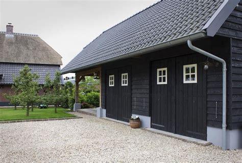 schuur zwart zwarte houten schuur www bronkhorstbuitenleven nl