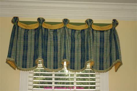 Pate Valances 1000 images about curtain ideas on valances