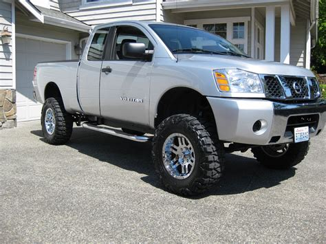 lifted silver nissan nissan titan lifted related images start 150 weili