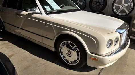 bentley custom paint custom two tone colored bentley arnage or beautiful