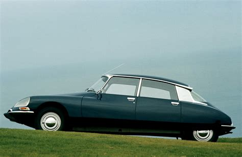 Citroen Ds19 by Citroen Ds19 1955 On Motoimg