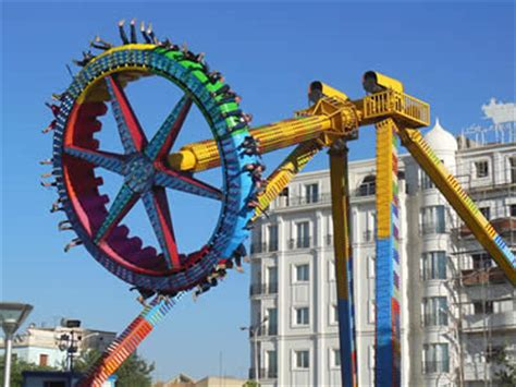 spinning swing ride giant frisbee pirate ship thrill pendulum ride for sale at
