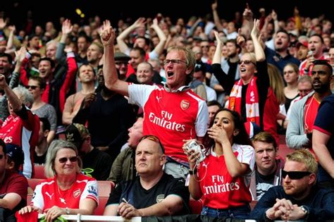 arsenal fans what is st totteringham s day and where did it come from